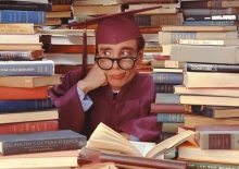 Рефераты, дипломные, курсовые, микронаушники, или как учатся современные студенты.